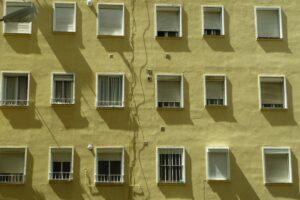 Budynek z wentylacją